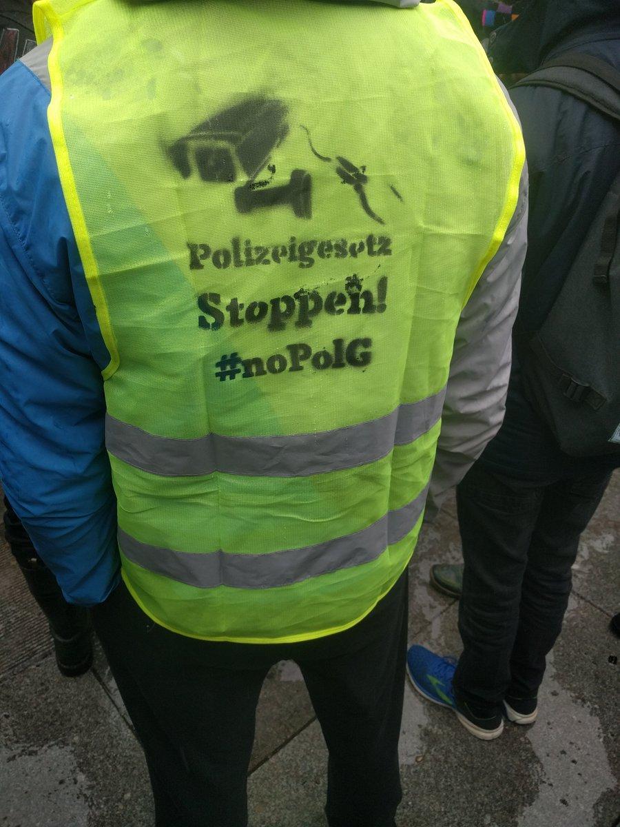 Solidarität mit der Gelbwesten-Bewegung – gegen Polizeigewalt und soziale Sicherheit für alle